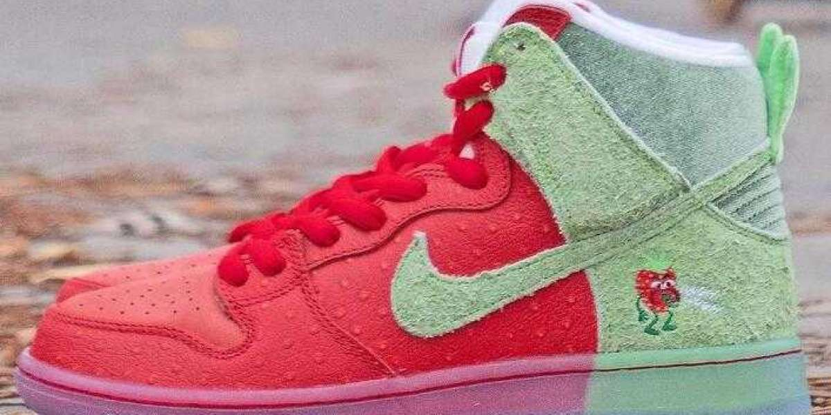Where to Buy Cheap Nike SB Dunk High Strawberry Cough